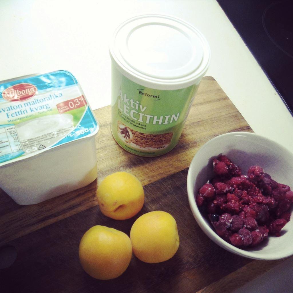 vadelma-aprikoosi-smoothie
