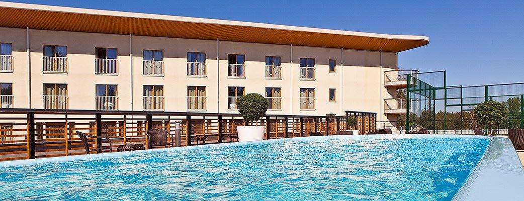 saimaa-hotelli-sundeck-uima-allas-1042x400